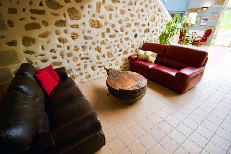 Coin salon du VeloGites Foyer 1
